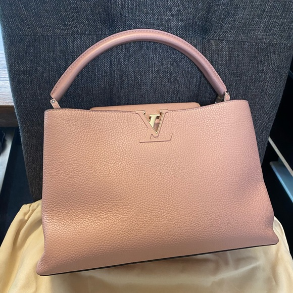 Louis Vuitton Capucines MM Magnolia